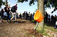 """Dutch design team Aandeboom has come to the rescue, introducing their """"P-TREE"""" at Denmark's Roskilde Festival. The portable urinal easily straps to any tree- flip flop wearing concert-goers couldn't be happier with the invention! World Toilet Day, Sewage System, Petri Dish, Toilet Design, Design Studio, Dezeen, Design Museum, Festivals, Around The Worlds"""