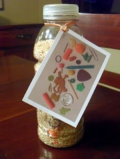 DIY I Spy Toy - love it more with the photo sheet attached, great idea.