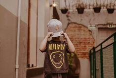 Editorial Viver Kids | Fotografia lifestyle de família em Curitiba Editorial, Jackets, Living Alone, Journals, Fotografia, Down Jackets, Jacket