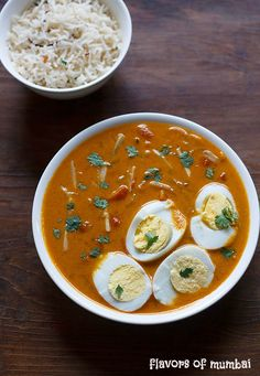 Egg Curry Recipe - made with hard boiled eggs, fresh coconut, spices and coconut milk. This is my version of south indian style egg curry. Egg Curry, Curry Rice, Veg Recipes, Curry Recipes, Egg Dish, Curry Leaves, Garam Masala, Boiled Eggs, I Foods