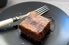 Olívás brownie Pork, Meat, Desserts, Kale Stir Fry, Tailgate Desserts, Deserts, Postres, Dessert, Pork Chops