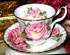Striking HUGE PINK TEA ROSES Tea Cup and Saucer Golden Crown Bone China England #GoldenCrownEnglandBoneChina