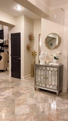 Decor Home Living Room, Elegant Living Room, Home Decor Kitchen, Home Decor Furniture, Living Room Designs, Home Room Design, Bathroom Interior Design, Home Entrance Decor, Luxury Homes Interior