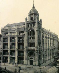 Berlin, Eckbebauung des Kaufhauses Israel zur Königstraße, Spandauer Straße 26/27. Um 1905.