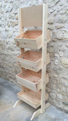 Pallet Furniture Tv Stand, Wood Furniture, Easy Wood Projects, Diy Furniture Projects, Farmers Market Display, Fruit And Vegetable Storage, Wood Planters, Wood Crates, Wooden Shelves