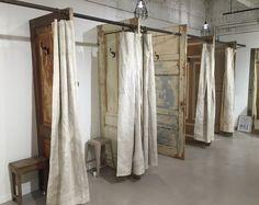 paskamers met industriële canvas gordijnen