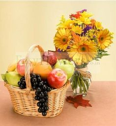 5 KG Fresh Fruits Basket (Seasonal Fruits) + 15 Mixed Flowers Bouquet (Add VASE from the add on products). #FlowersDeliveryIndia #EasyFlowers