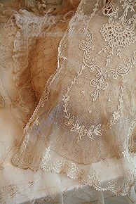 .I have a couple of scarfs like this,my favorite kind of lace,tatting on lace,such a beautiful art