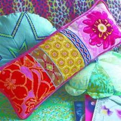 Anna Maria Horner tapestry kits for needlework. So awesome. Needlepoint Designs, Needlepoint Stitches, Needlepoint Pillows, Needlepoint Kits, Needlepoint Canvases, Needlework, Tapestry Kits, Tapestry Wall, Sewing Pillows