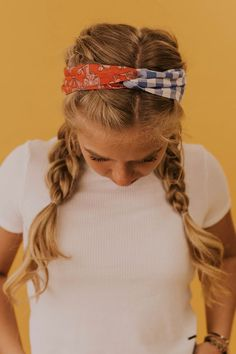You& love this fun hair piece! The Kenner Gingham Hair Tie features a fun gingham print. This versatile accessory can be worn in a variety of ways to complement your individual style! Available in Blue and Taupe Jessica Robertson Exclusive Design Bandana Hairstyles, Teen Hairstyles, Hairstyles With Headbands, Teenager Hairstyles, Country Hairstyles, Summer Hairstyles, Cute Hairstyles For Teens, Braids With Headband, School Picture Hairstyles