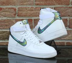 new arrival 9cebe ee173 Details About Nike Air Force 1 High 07 Lv8 Sz 8.5 White Metallic Gold  Iridescent 806403 100 for sale online   eBay