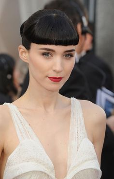 Mara Rooney at the Oscars - gorgeous brows, but bangs are too severe for my tastes