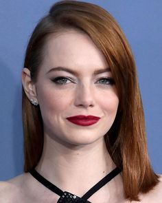 Metallic are still trending! But we would like to see them done in a much more delicate fashion in 2017. Put some silver eyeshadow across the lids or a touch of gold highlighter along the cheekbones. You can add velvet lip color to make it more elegant. #beauty #emmastone #makeup #makeupideas #makeuptrends2017 #marieclairebeauty #marieclaireindonesia  via MARIE CLAIRE INDONESIA MAGAZINE OFFICIAL INSTAGRAM - Celebrity  Fashion  Haute Couture  Advertising  Culture  Beauty  Editorial…