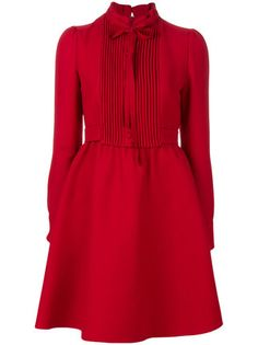 Designer Day Dresses Valentino shirt dress Un abito (n. Trendy Dresses, Day Dresses, Dress Outfits, Short Dresses, Fashion Dresses, Women's Fashion, Red Long Sleeve Dress, Red Shirt Dress, Dress Skirt