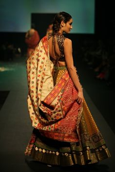 Ritu Kumar's http://www.ritukumar.com/ 'Panchvastra' Collection, 2012. She has used Assamese Muga silk as a dupatta