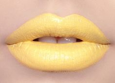 Loving our New Yolk City yellow lipstick... perfect for a sunny summer day!