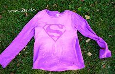 Tutorial til at lave en supermandsbluse eller andet motiv med blegemiddel.