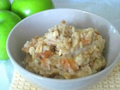The oats used in this healthy steel cut oats recipe offer a fuller flavor than regular cooked oatmeal. Prepare the night before for a quick breakfast. Breakfast Crockpot Recipes, Oats Recipes, Cooking Recipes, Overnight Steel Cut Oatmeal, Steel Cut Oats, Eating Plans, Vegetarian, Healthy, Food
