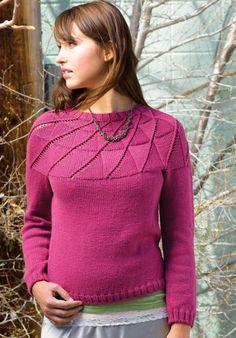 Малиновый пуловер спицами на круглой кокетке - Портал рукоделия и моды