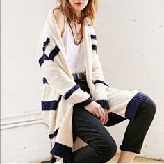 Open Cardigan Striped This cardigan do run big just depending on how loose you want it to fit on you. This do run big and more like one size fits all. Please feel free to ask any question. Tag size is XSmall Urban Outfitters Sweaters Cardigans