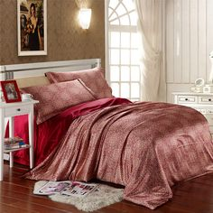 Red paisley silk satin bedding set luxury king queen full twin size quilt duvet cover bedspread bed in a bag sheet bedroom linen Twin Size Duvet Covers, Twin Quilt Size, Duvet Cover Sets, Cheap Bedding Sets, Comforter Sets, Satin Bedding, Linen Bedroom, Bed In A Bag, Flat Sheets