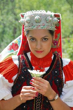 Kalotaszeg Hungarian Embroidery, Folk Embroidery, Budapest Guide, Budapest City, Capital Of Hungary, Costumes Around The World, Early Middle Ages, Folk Dance, Folk Costume