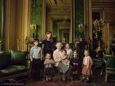 The Queen with her 5 great-grandchildren and two youngest grandchildren. Photo by Annie Leibovitz.