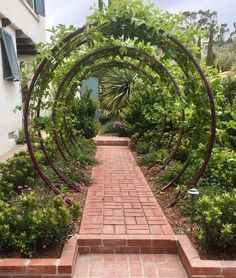 diy garden Amazing DIY arches design 23 ways to highlight your garden Garden Types, Diy Garden, Garden Trellis, Dream Garden, Garden Projects, Garden Paths, Garden Art, Garden Crafts, Herb Garden
