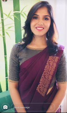 Latest Traditional Blouse Designs - The Handmade Crafts Kerala Saree Blouse Designs, Cotton Saree Blouse Designs, Wedding Saree Blouse Designs, Fancy Blouse Designs, Blouse For Silk Saree, Latest Saree Blouse Designs, Boat Neck Saree Blouse, Silk Sarees, Blouse Neck Patterns