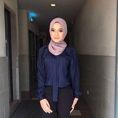 Hijabi Girl, Girl Hijab, Hot Muslim, Kebaya Hijab, Hijab Collection, Arab Girls Hijab, Hijab Fashionista, Hijab Chic, Beautiful Hijab