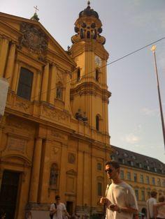 munich, my favorite church in the entire world! Theatre Kirche