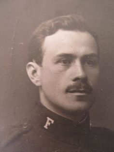 WWI soldier portrait photo - handsome man with mustache - 1915 Norway cabinet card