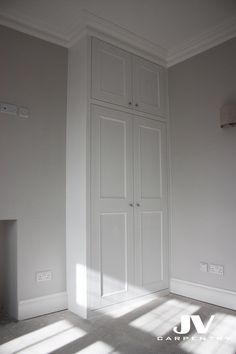 fitted wardrobes An alcove fitted wardrobe with original coving over the top creating look that its perfectly fits this house. Alcove Wardrobe, Bedroom Alcove, Bedroom Built In Wardrobe, Fitted Bedroom Furniture, Fitted Bedrooms, Home Bedroom, Bedroom Decor, Wardrobe Design, Small Bedrooms