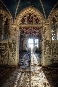 derelictmetropolis:    Decay in sunlight….. (by Hitman.47)
