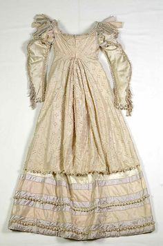 ca. 1815 evening dress, probably French (Documentation states that it belonged to the Empress Josephine)