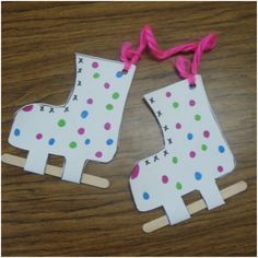 40 Easy Winter Crafts for Kids is part of Kids Crafts Easy Winter - Find Here Must Know! 40 Easy Winter Crafts for Kids Daycare Crafts, Classroom Crafts, Kids Crafts, Easy Crafts, Winter Crafts For Toddlers, Winter Kids, Winter Sports, Winter Activities For Kids, January Crafts