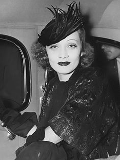 Marlene Dietrich leaving Grand Central Station, July 1936