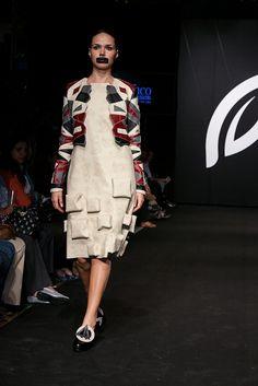 Pasarela CINCO 2012 · Diseño de Modas · Colegiatura Colombiana · Medellín-Colombia