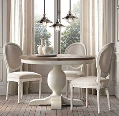 Awesome Round Dinning Table Design Ideas - Page 16 of 70 White Round Kitchen Table, Round Dinning Table, Dinning Table Design, White Dining Table, Dining Room Table Decor, Room Chairs, Restoration Hardware Kitchen, French Country Dining Room, French Chairs