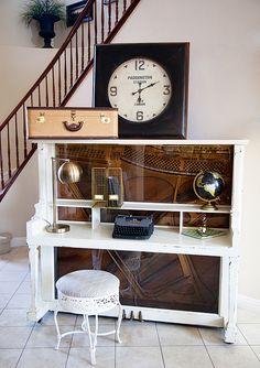 http://whipperberry.com/wp-content/uploads/2014/10/BB-Frosch-Piano-Desk.jpg