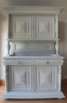 peindre des meubles henri ii bricolage pinterest buffet. Black Bedroom Furniture Sets. Home Design Ideas