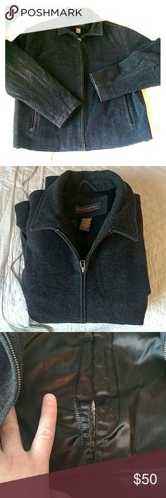 Banana Republic wool cashmere jacket Used BR wool jacket.  Two side zipper pockets, two inside regular pockets.  One issue is inside the back has a finger length of stitching undone (see pic).  If you can fix, or don't mind the little extra room it gives, then this jacket is a steal! Banana Republic Jackets & Coats Performance Jackets