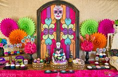 Day of the Dead party. Celebrate Dia De Los Muertos with colorful decorations and Day of the Dead party supplies.