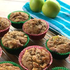 Apple and maple syrup muffins