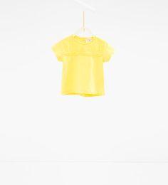 Imagen 1 de Camiseta bordado inglés de Zara