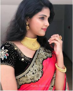Budget friendly Sarees designed by Beautiful Girl Indian, Most Beautiful Indian Actress, Beautiful Girl Image, Beautiful Saree, Beautiful Actresses, Saree Wearing Styles, Fashion Designer, Indian Beauty Saree, Indian Celebrities