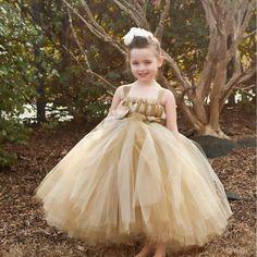 Girls Dresses Online, Girls Tutu Dresses, Little Girl Dresses, Flower Dresses, Long Dresses, Tulle Flower Girl, Tulle Flowers, Flower Girls, Flower Hair