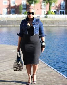 """Look here for fasciating & Cool dresses for Plus size women watch yourself say, """"I'm gonna look gorgeous in this"""". Presenting stylish plus size outfits. Plus Size Fashion For Women, Black Women Fashion, Plus Size Women, Womens Fashion, Fashion Trends, Outfits Plus Size, Curvy Outfits, Plus Size Dresses, Plus Size Wedding Outfits"""