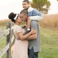 Gorgeous interracial family pregnancy photography