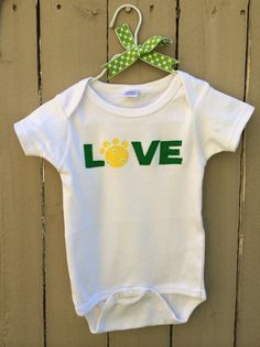 Absolutely perfect #Baylor onesie!